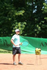 тенисът се харесва на децата